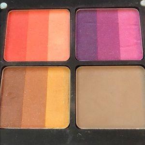 Inglot Eyeshadows palette
